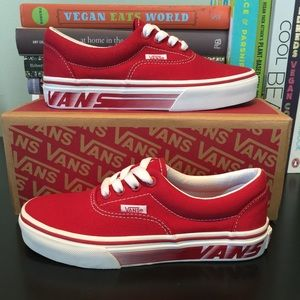 Vans Racers edge (red & white) size 2usa 1.5 uk